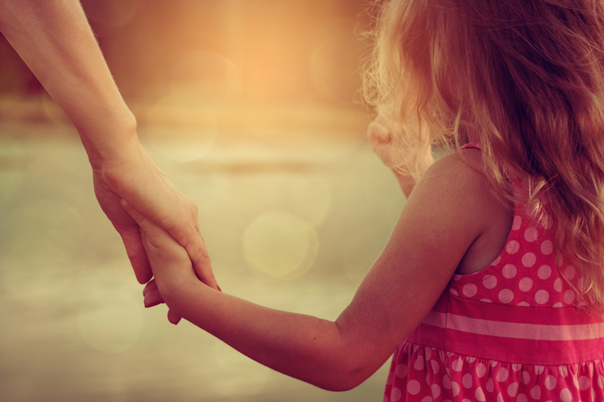 5 STEPS FOR THE MOTHER-DAUGHTER RELATIONSHIP DANCE